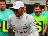Hamilton planning to extend Mercedes stay