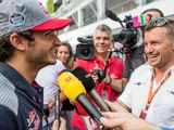 Carlos Sainz to join Renault in 2018 on loan deal