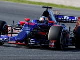 Sainz Jr. 'doesn't understand' top team mileage