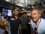 "Sainz faces ""impossible"" challenge of stepping out from father's shadow"
