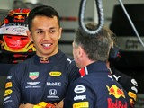 Horner defends Albon after 'difficult weekend'