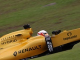 Realistic Renault won't leapfrog midfield in 2017