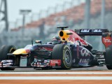 Vettel on pole amid strategy gambles in India