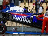 Formula 1: Honda change pushes Hartley to penalty brink