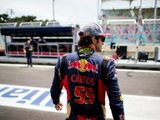 Red Bull take up contract option to keep Sainz Jr at Toro Rosso in 2017