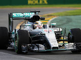 Hamilton confirms expectations with pole position in Australia