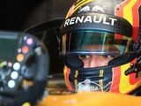 Prost Feels Renault 'Lucky' to get Sainz for Final 2017 Races