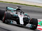 Lewis Hamilton boosted by pole return as Mercedes extends Spain streak