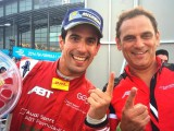 Last corner crash hands first FE win to Di Grassi