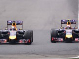 Ricciardo doesn't want conflict as Vettel ignores team
