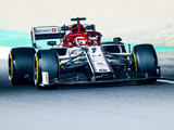 """Kimi Raikkonen: """"We'll just wait and see what happens on Sunday - it will be close"""""""