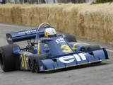 Scheckter demos Tyrrell six-wheeler at CarFest South