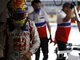 Schumacher hailed for 'trying everything' to improve in F1