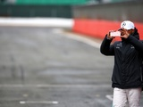 Hamilton asks F1 to cut social media constraints