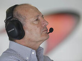 McLaren completes £275m pay off to Ron Dennis as revenue crashes by 61.5%