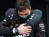 Wolff never 'threatened Hamilton with Russell card'