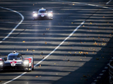 Le Mans sunset report: Toyota streak away, drama in LMP2