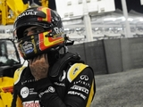 Sainz Jr. upbeat despite loose wheel setback
