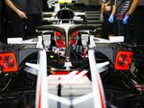 Magnussen: Alonso's 'Ferrari replica' Haas jibe is pace jealousy
