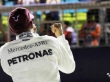 Toto Wolff praises Lewis Hamilton's 'incredible' Singapore pole effort