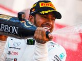 Hamilton strikes back to beat Bottas