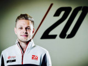 Magnussen hints at discord at Renault