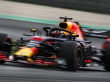 Renault Q3 weakness puts Red Bull drivers under 'too much pressure'