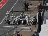 Williams sets new '17 pit-stop standard