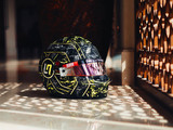 Norris reveals new 'glitch' merchandise and lid