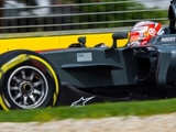Magnussen rues 'frustrating' opening day