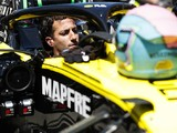Renault F1's Ricciardo subject to £10m legal claim from ex-advisor