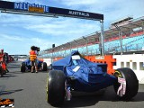 F1 Circus pitches tent in Melbourne