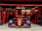 Leclerc shines as Ferrari continues to set testing pace