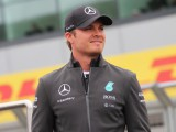 Rosberg looking for happy end to emotional week