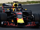 Renault expect Red Bull engine decision by 'end May'