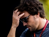 Alonso punched a wall after Singapore exit