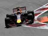 Red Bull eye Renault update before Austria