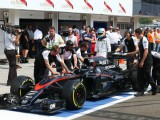 Alonso laments fragile McLaren as Q3 wait continues