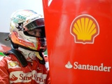 Vettel leads wet final practice session