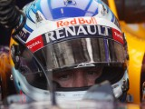Vettel eyes 'strong points'