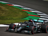 Mercedes stays ahead, Hamilton tops FP3