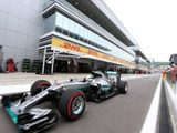 Hamilton tops FP3, Mercedes look supreme