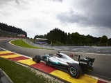 Hamilton equals Schumacher's pole record