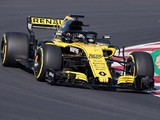 Renault to start 2018 F1 season in compromised spec for reliability