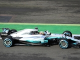 Mercedes working on reducing W08 weight