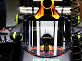 Lewis Hamilton: Red Bull F1 cockpit screen 'like a riot shield'