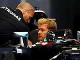 Rosberg: Hamilton is still a threat