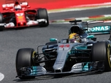 Hamilton enjoying 'favourite battle' in F1
