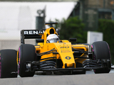 Kevin Magnussen escapes penalty after exiting pits under red light