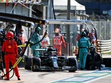 Mercedes only noticed pit lane was closed at the 'last minute'